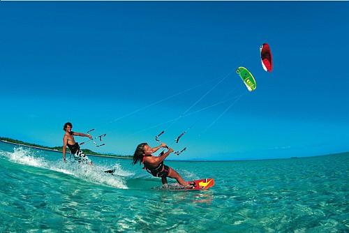 Abrirán en Cuba tres escuelas internacionales de kite surf